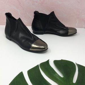 AGL Metallic Cap Toe Leather Ankle Bootie 7.5 C2